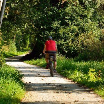 """""""18, 6 Kilometer recreatief fietspad, schat!"""""""